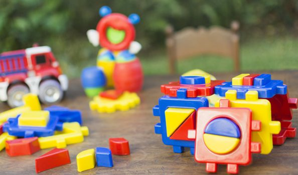 Cadeau enfant 2 ans : conseils pour réussir votre choix