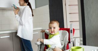Bavoir bébé fait main : avantages, critères et choix et conseils